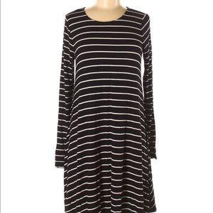 Old Navy Striped Long Sleeve Dress Medium